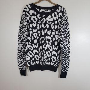 EXPRESS black & white leopard print sweater Sz L